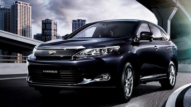 高級SUVの先駆け!トヨタ・ハリアーのカスタムパーツまとめ!のサムネイル画像