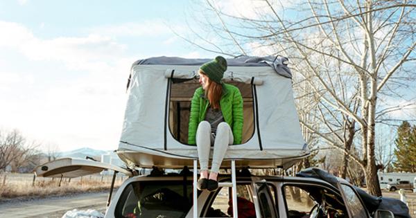 【ポーラー レテント】新たなキャンプ場!?車の上にテントを張るLeTentのサムネイル画像