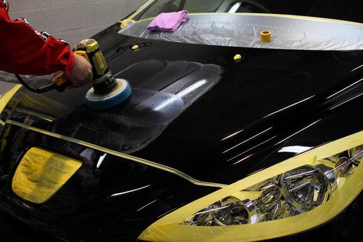 愛車が擦り傷だらけ…そうだ、コンパウンドできれいにしよう!のサムネイル画像