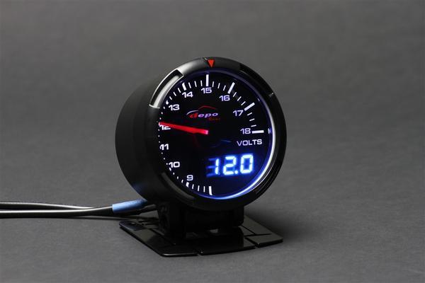 大切な愛車の健康チェックの為電圧計を取り付けてみませんか?のサムネイル画像
