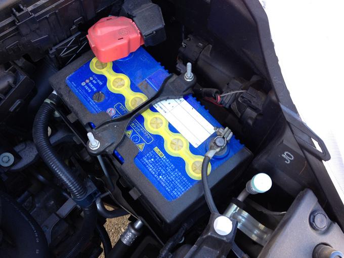 """【ステップワゴン】""""快適な車内""""の為、大容量バッテリーに変える!のサムネイル画像"""