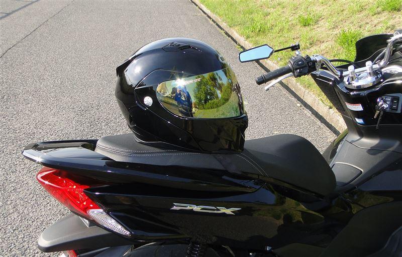 恰好だけじゃダメ!1986年から義務化された原付のヘルメット着用。のサムネイル画像