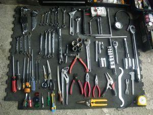 バイクに乗るなら最低限の工具は揃えておくべき?バイク用工具まとめの画像