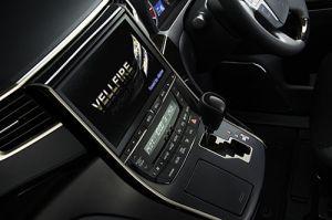 車種専用カーナビが豊富なアルパインのカーナビを紹介します。の画像